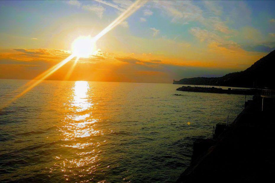 moonlightloren si rinnova! Il tramonto a Trieste a Miramare