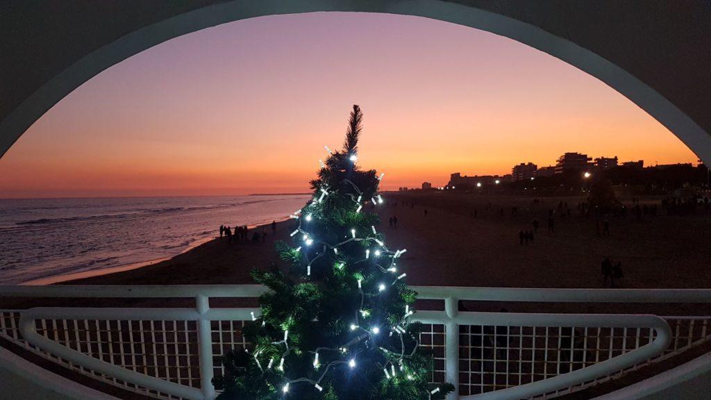 Il tramonto sulla spiaggia di Lignano in un Natale passato