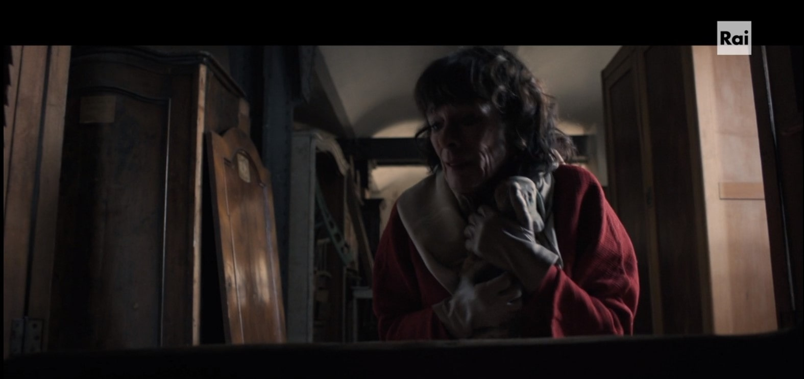 Terra rossa - trieste -Porto vecchio -Magazzino 18- la bambola ritrovata