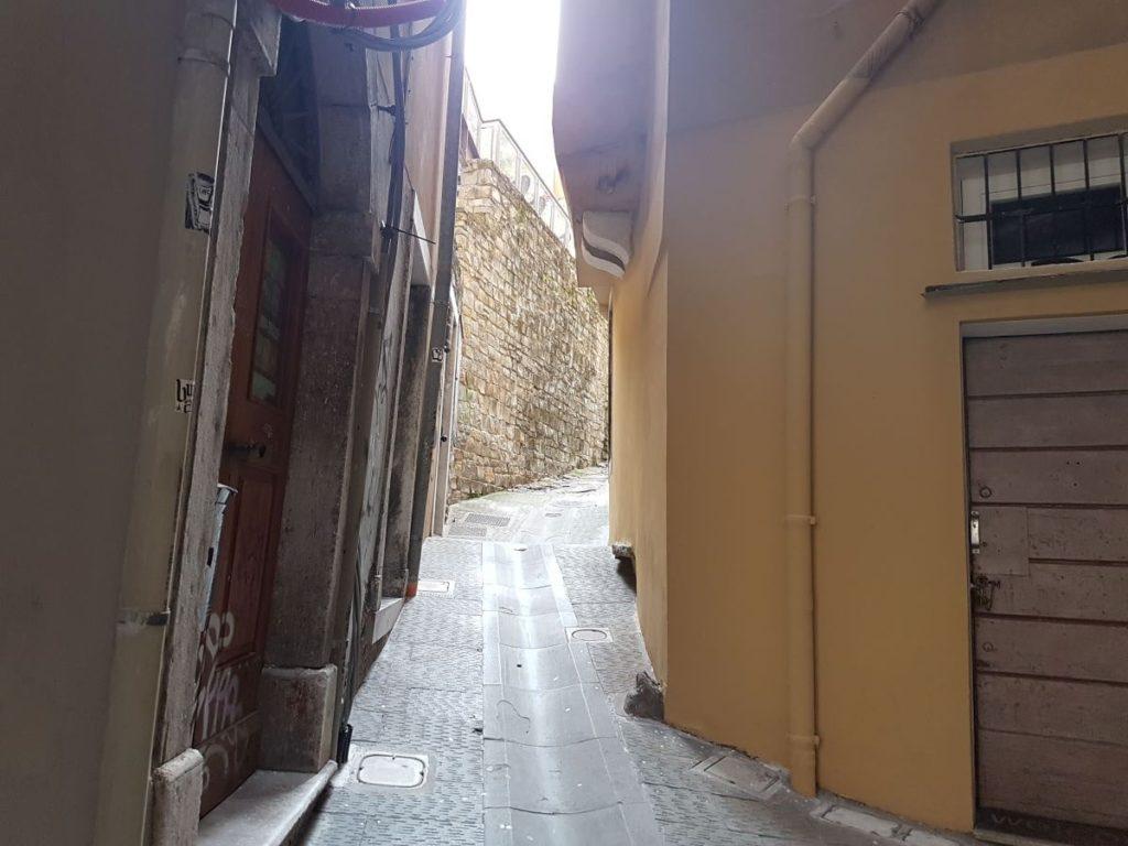Trieste Citta vecchia min 1