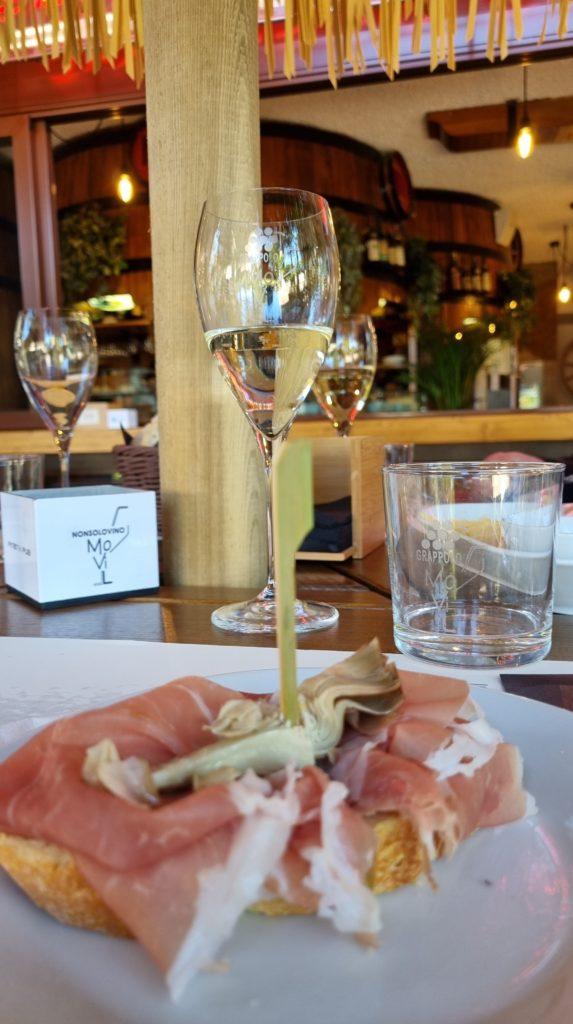 A pranzo in zona bianca a Lignano